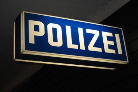 Polizei-Schild-600x400