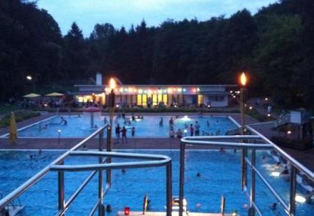 sommernachtsschwimmen-bvb-blomberg